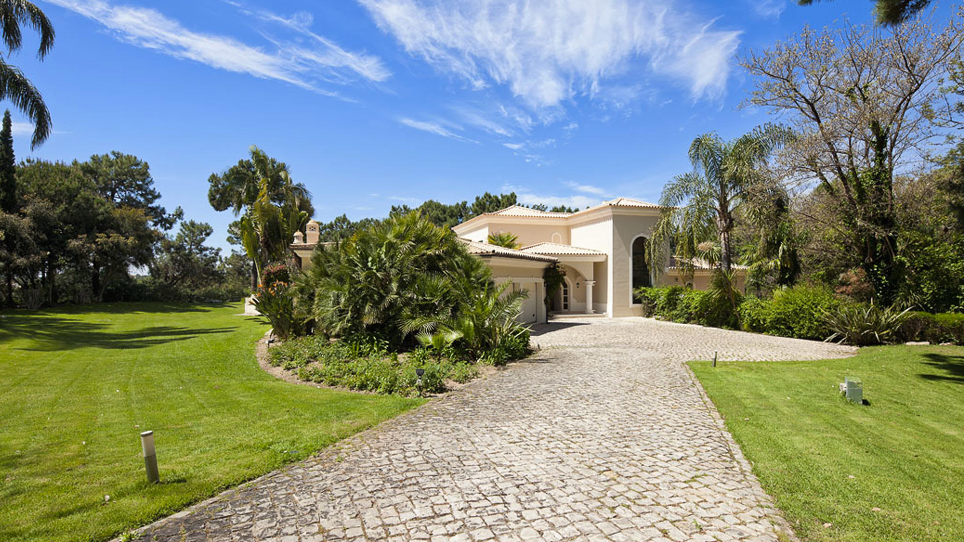 Villa Villa Lago Lake, Rental in Algarve