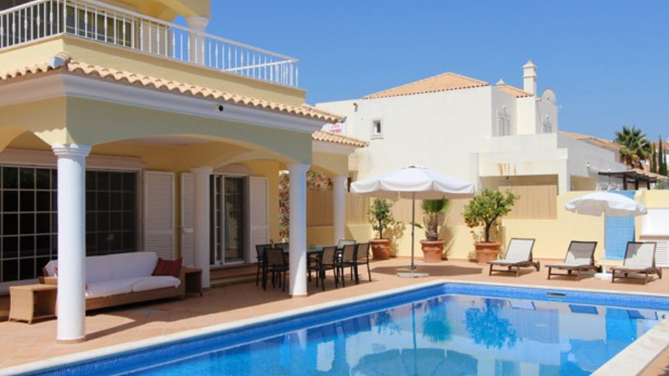 Villa Villa Cream, Rental in Algarve