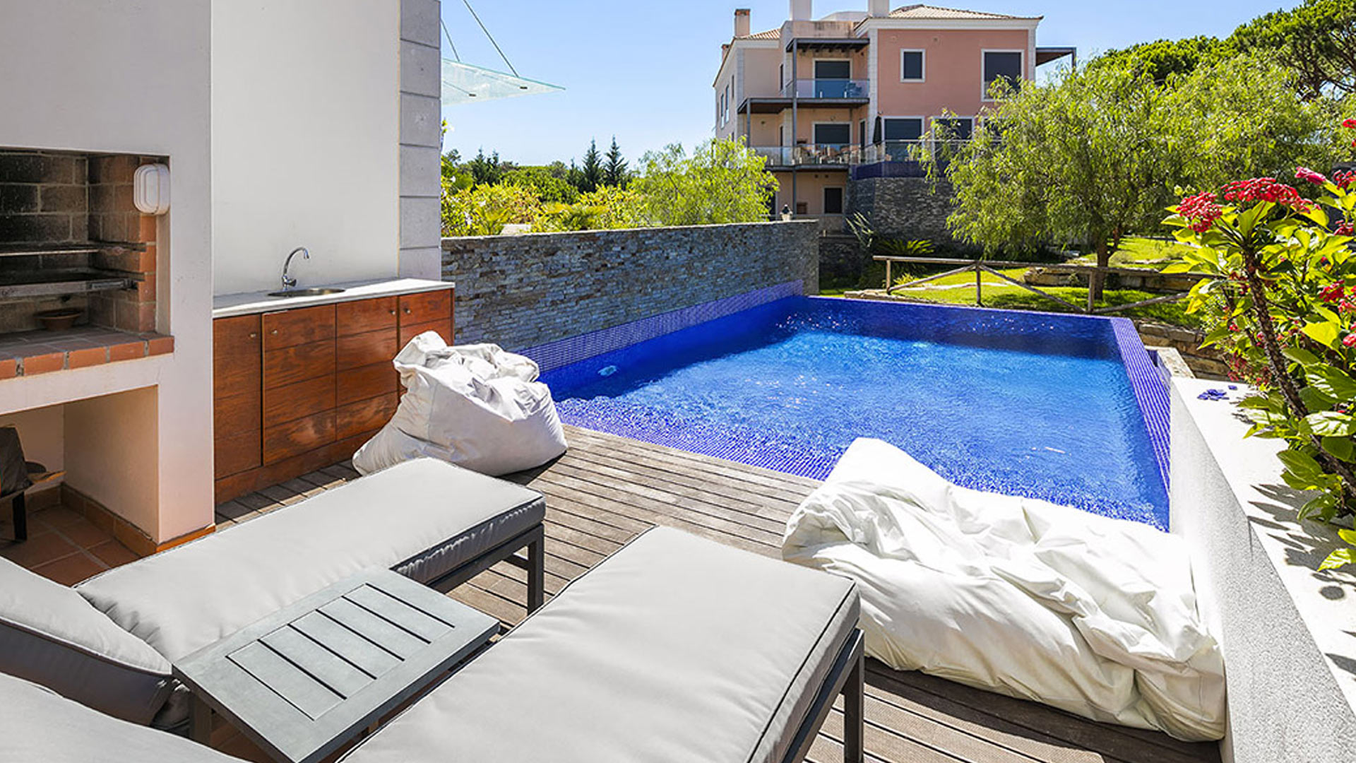 Villa Appartement Azur, Rental in Algarve